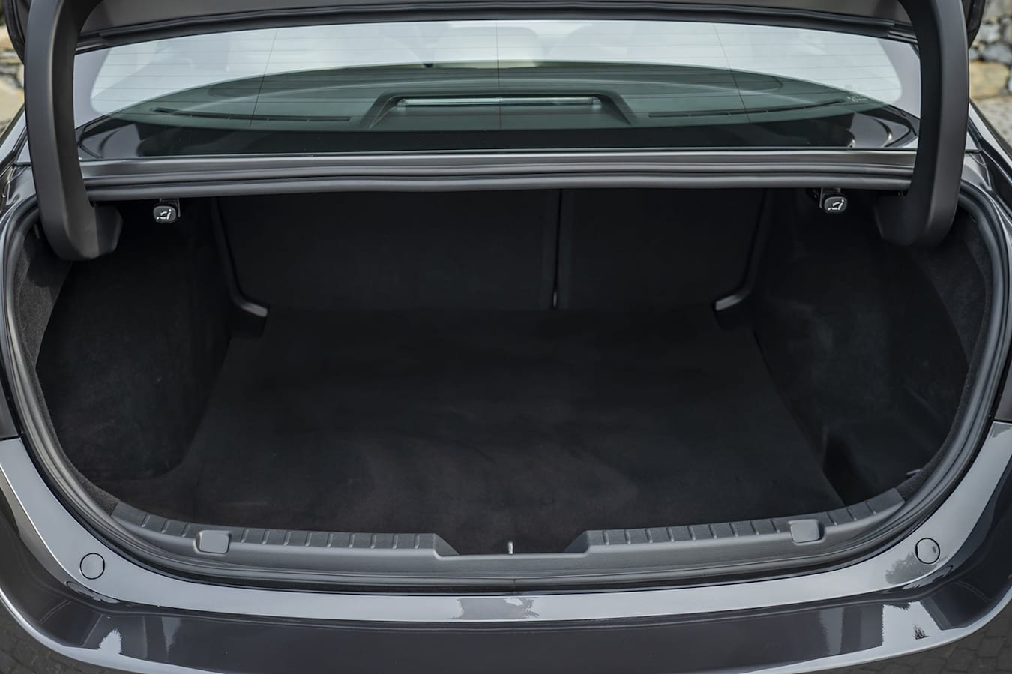 Mazda 3 sedan boot