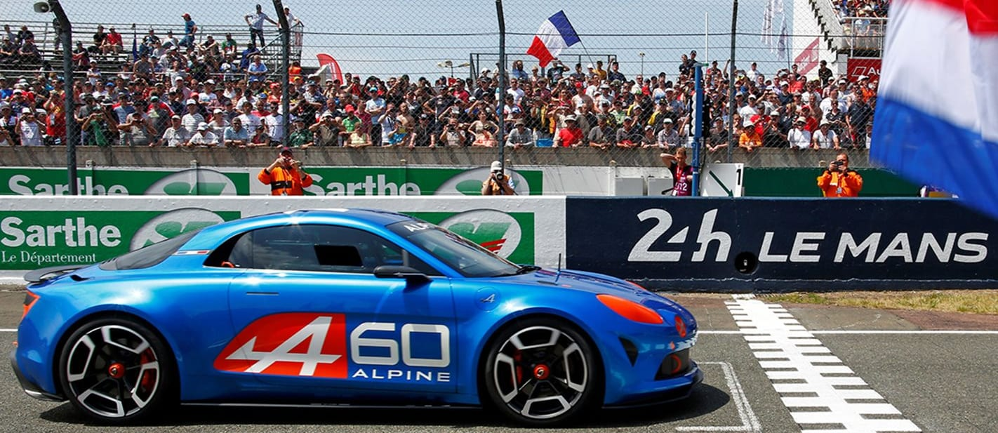 Alpine coy on gearbox for lightweight sports car
