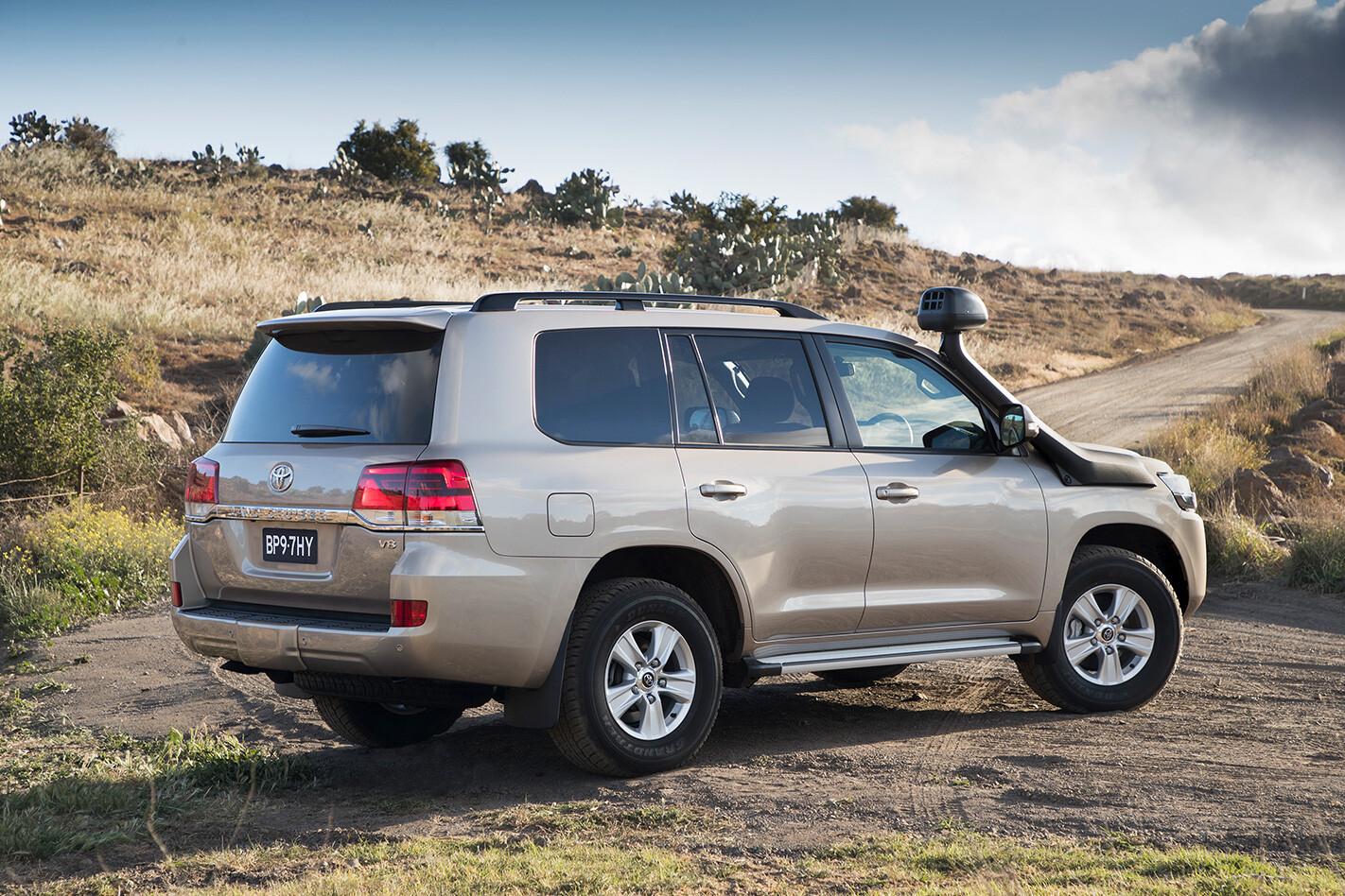 Toyota Landcruiser Rear Jpg