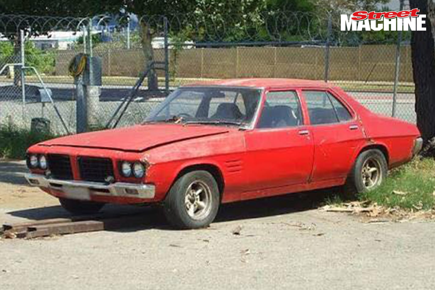 HQ Holden 202 Damiano Michele