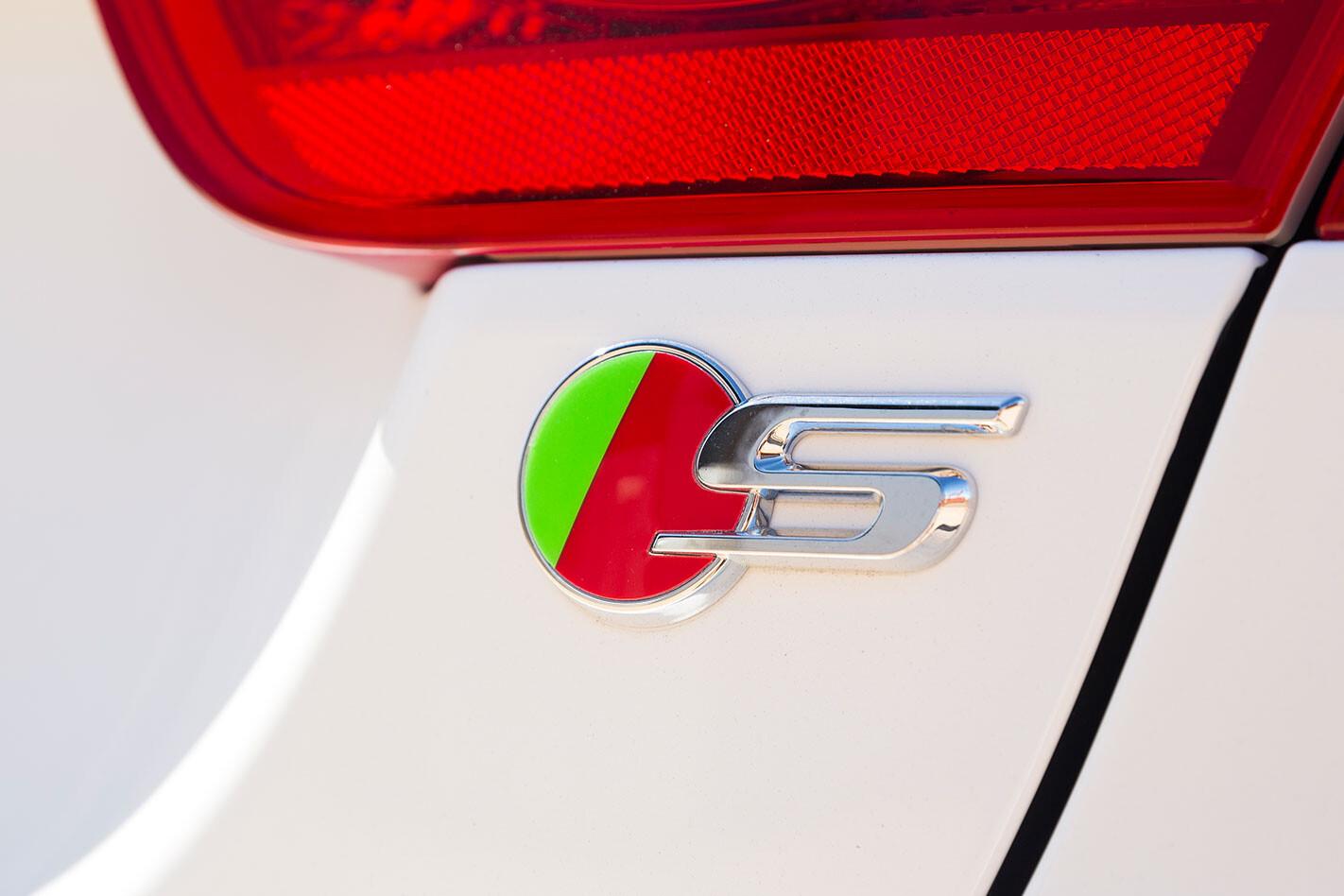Jaguar-XE-S-stamp.jpg