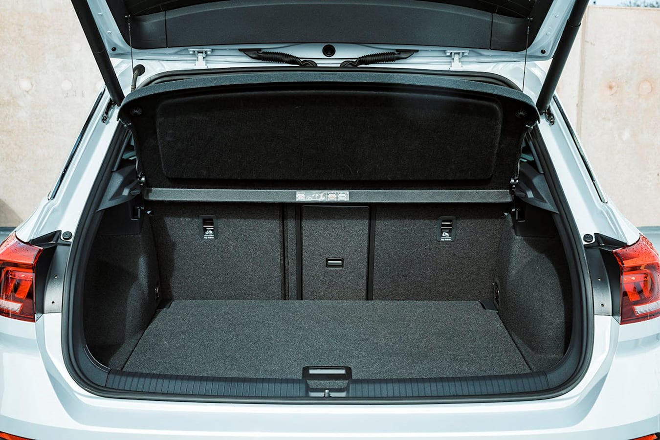 VW T-roc boot space