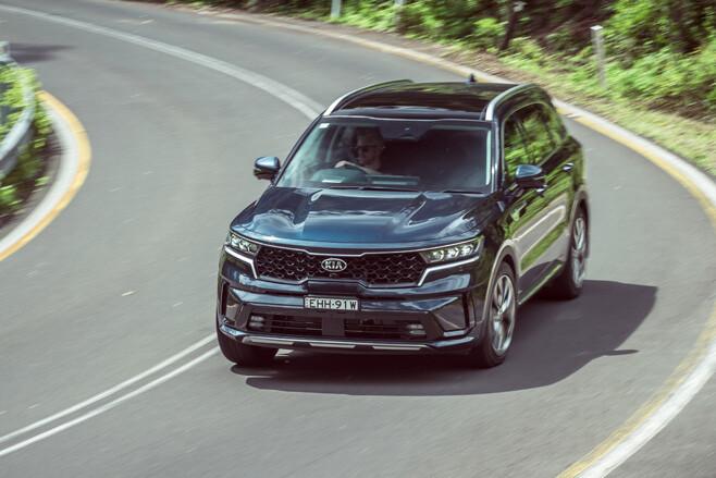 Kia Sorento GT-Line driving