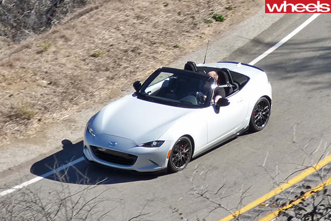 Damion -Smy -driving -Mazda -MX-5-Club -Edition -top