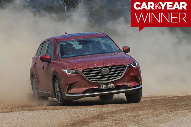2017-Mazda -CX-7-driving -through -dirt