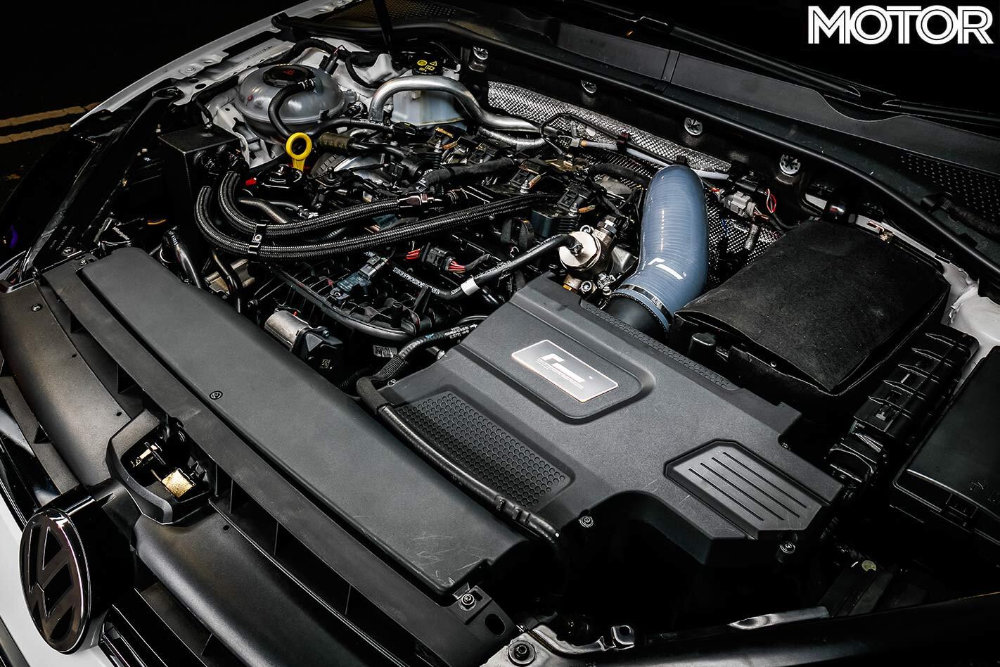 Volkswagen Golf R engine bay