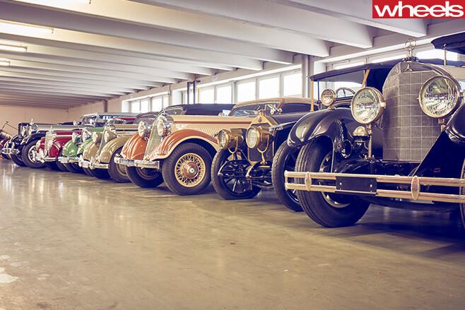 Mercedes -Benz -Classic -Centre -Holly -Halls --classics