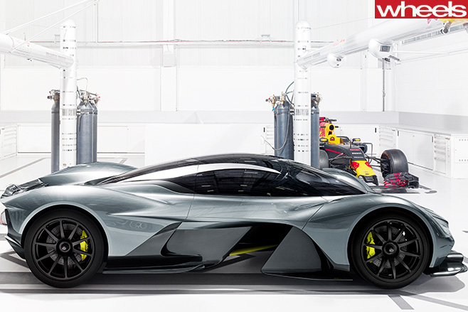 Aston Martin Red Bull AM-RB 001 Side