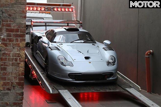Porsche 911 GT1 Evo Dutton Garage