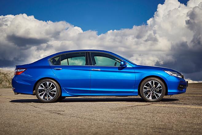 Honda Accord Blue side