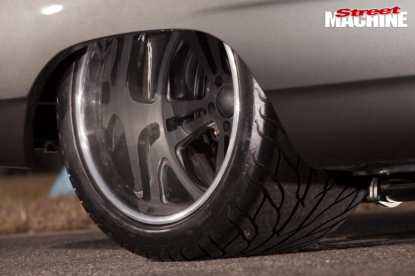 500-CUBE-1970-PLYMOUTH-SATELLITE-wheels