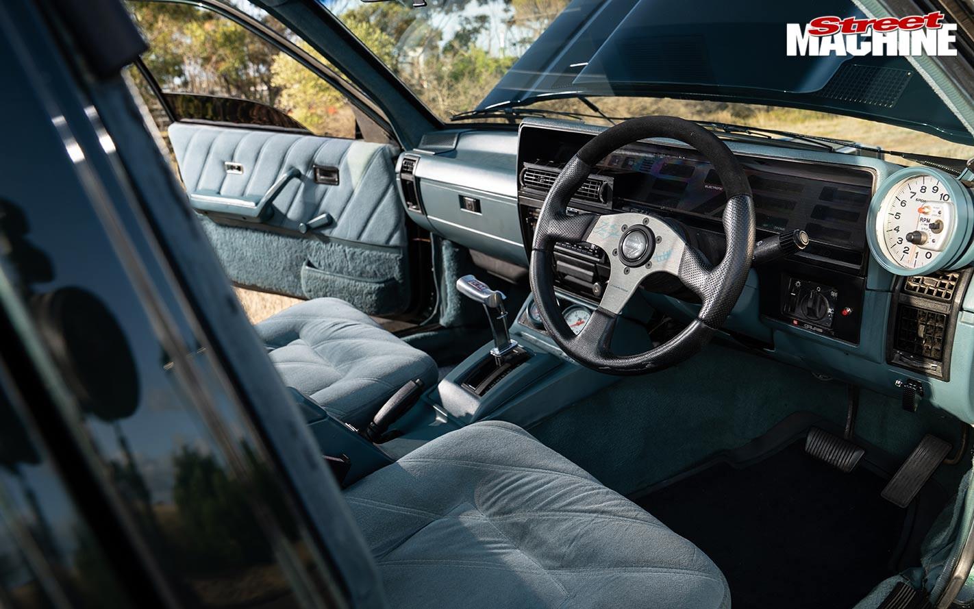 Holden VK Calais interior