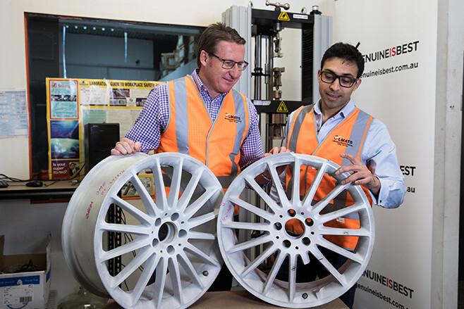 Genuine car wheel