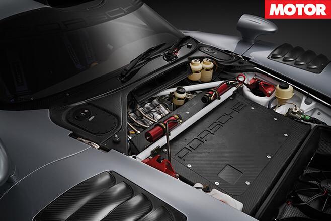 Porsche GT1 Evo road racer engine