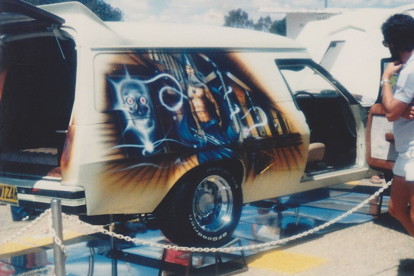 429 Ford -powered HZ Sandman