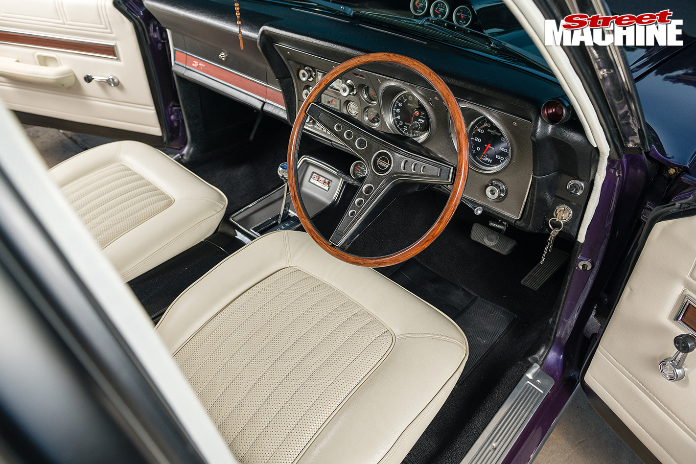 CHRIS GAUCI S 1969 FORD FALCON XY GT interior