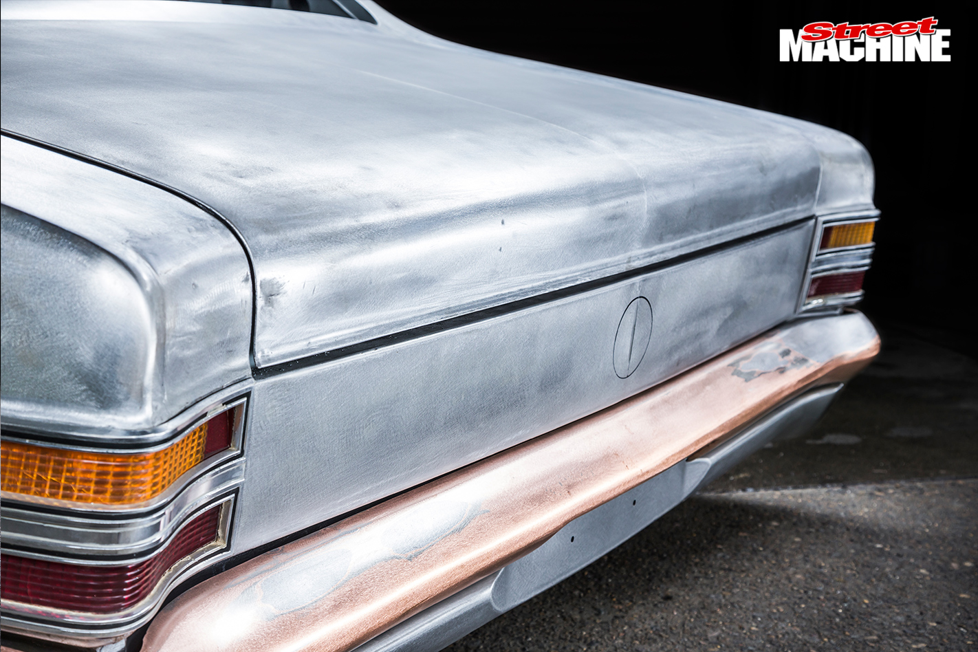 Holden -HT-Kingswood -rear -detail