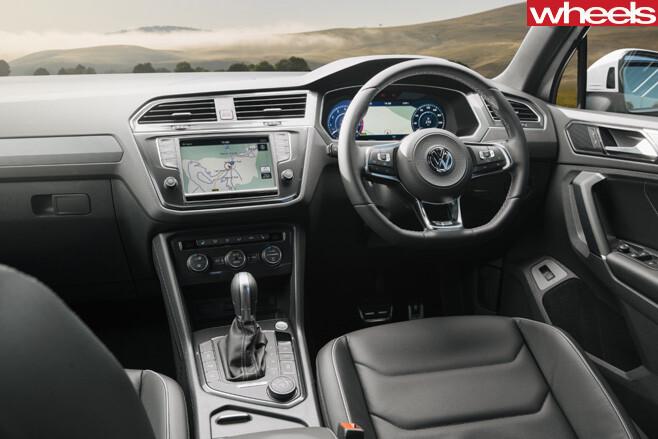 2017-Volkswagen -Tiguan -interior
