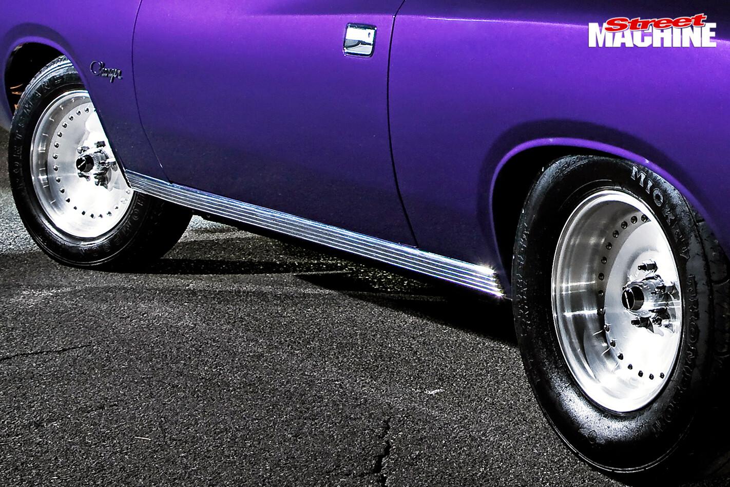 Chrysler -vk -valiant -charger -wheels