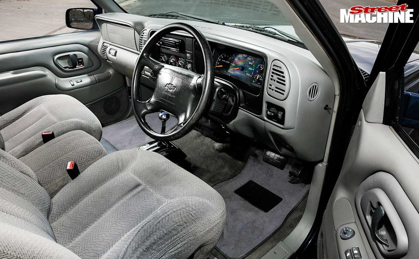 Chevy Tahoe interior front