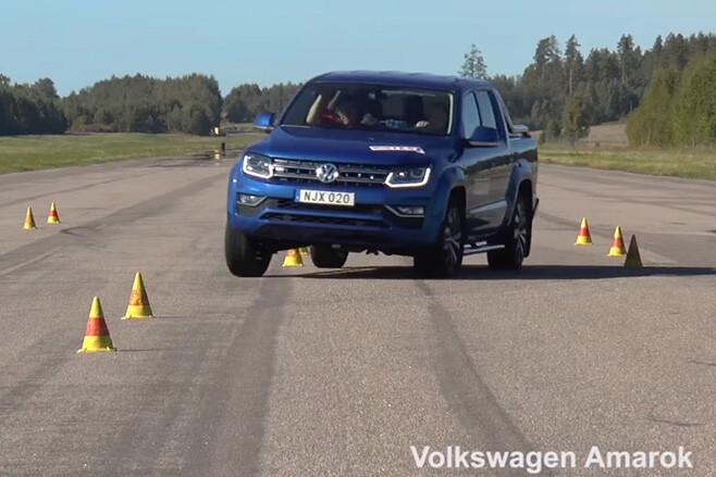Volkswagen Amarok moose test