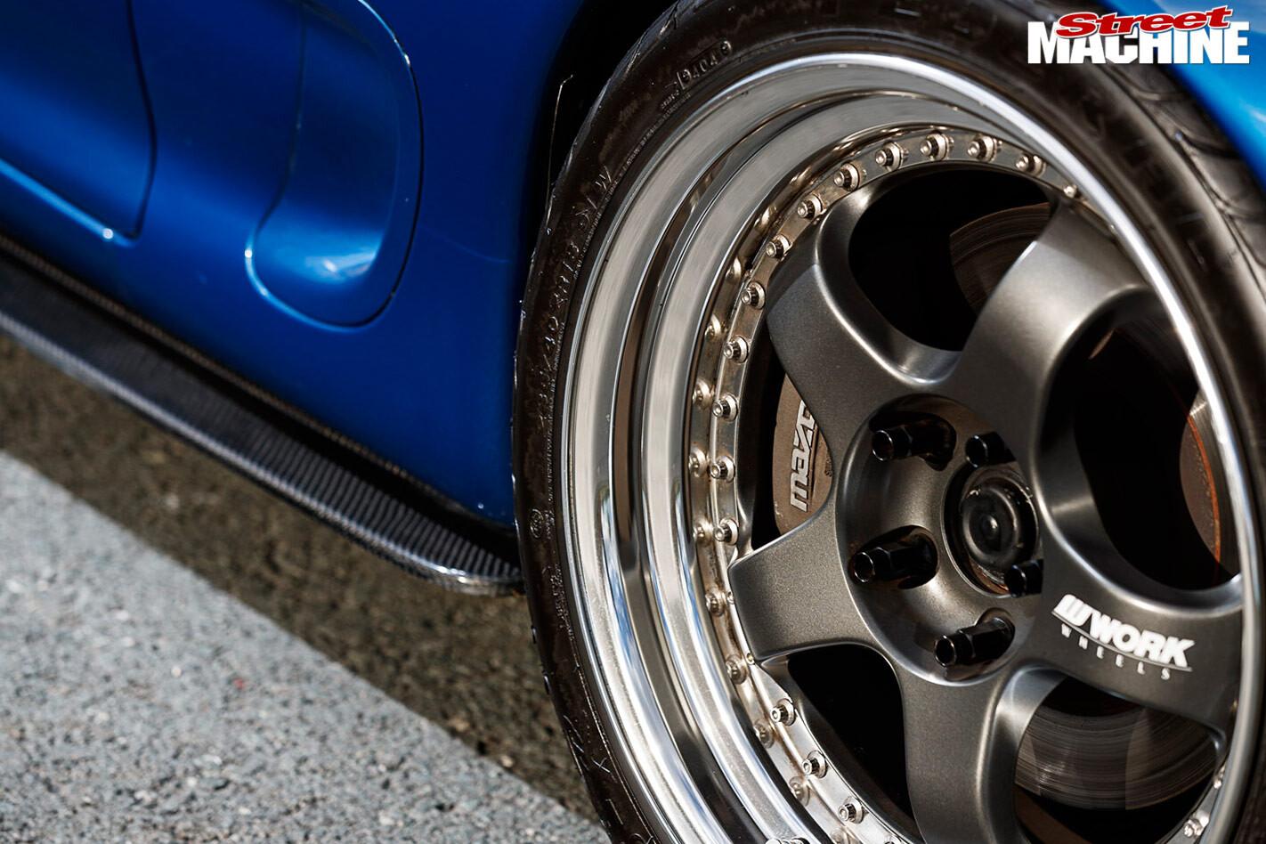 Mazda rX7 wheel