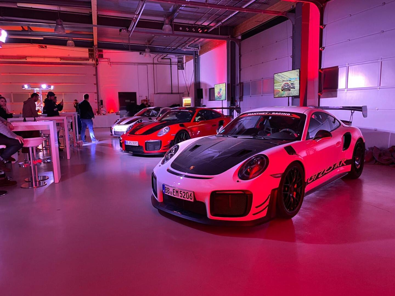 Porsche 911 GT2 RS Manthey Racing upgrade