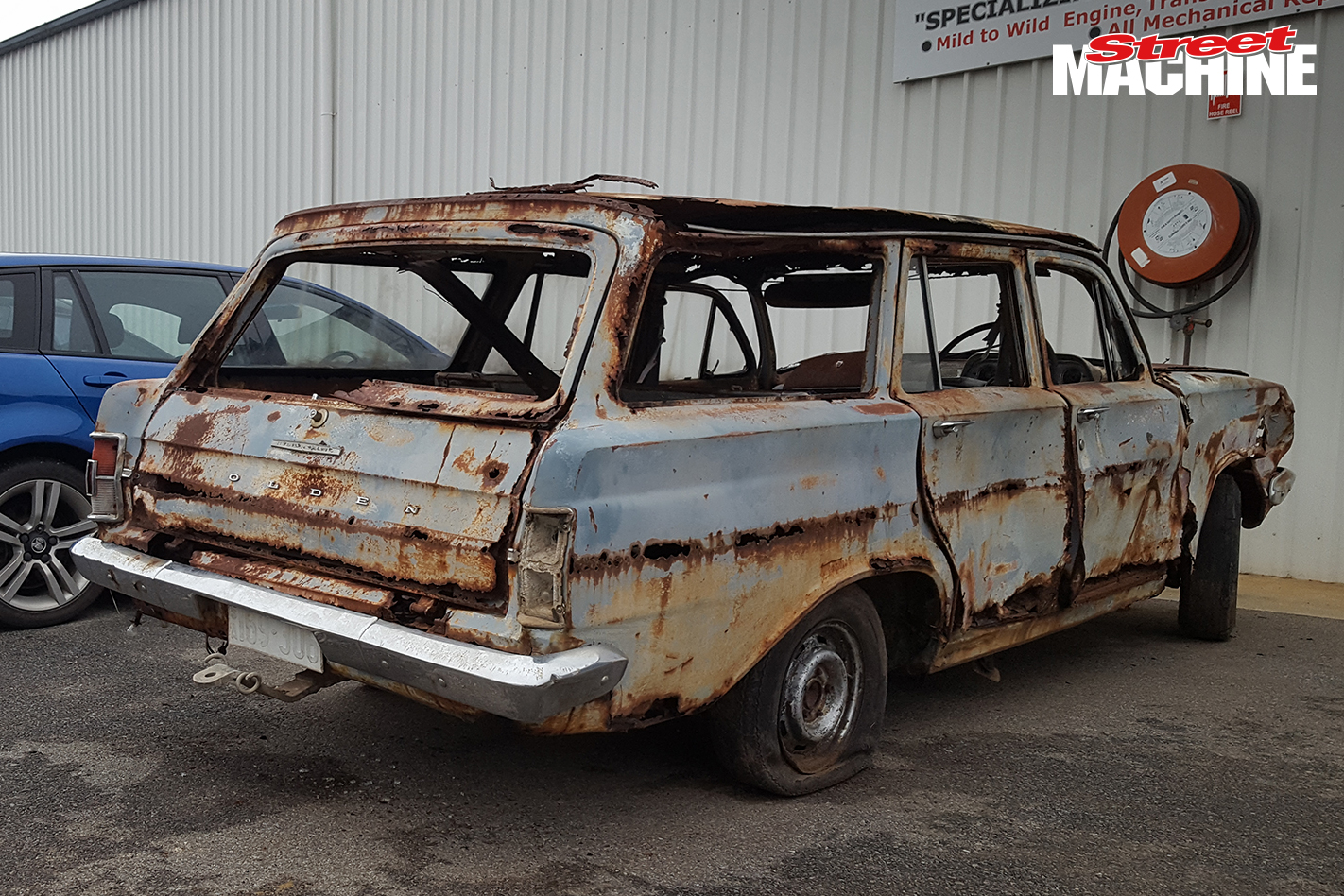 EH Holden Wagon Rusty 10
