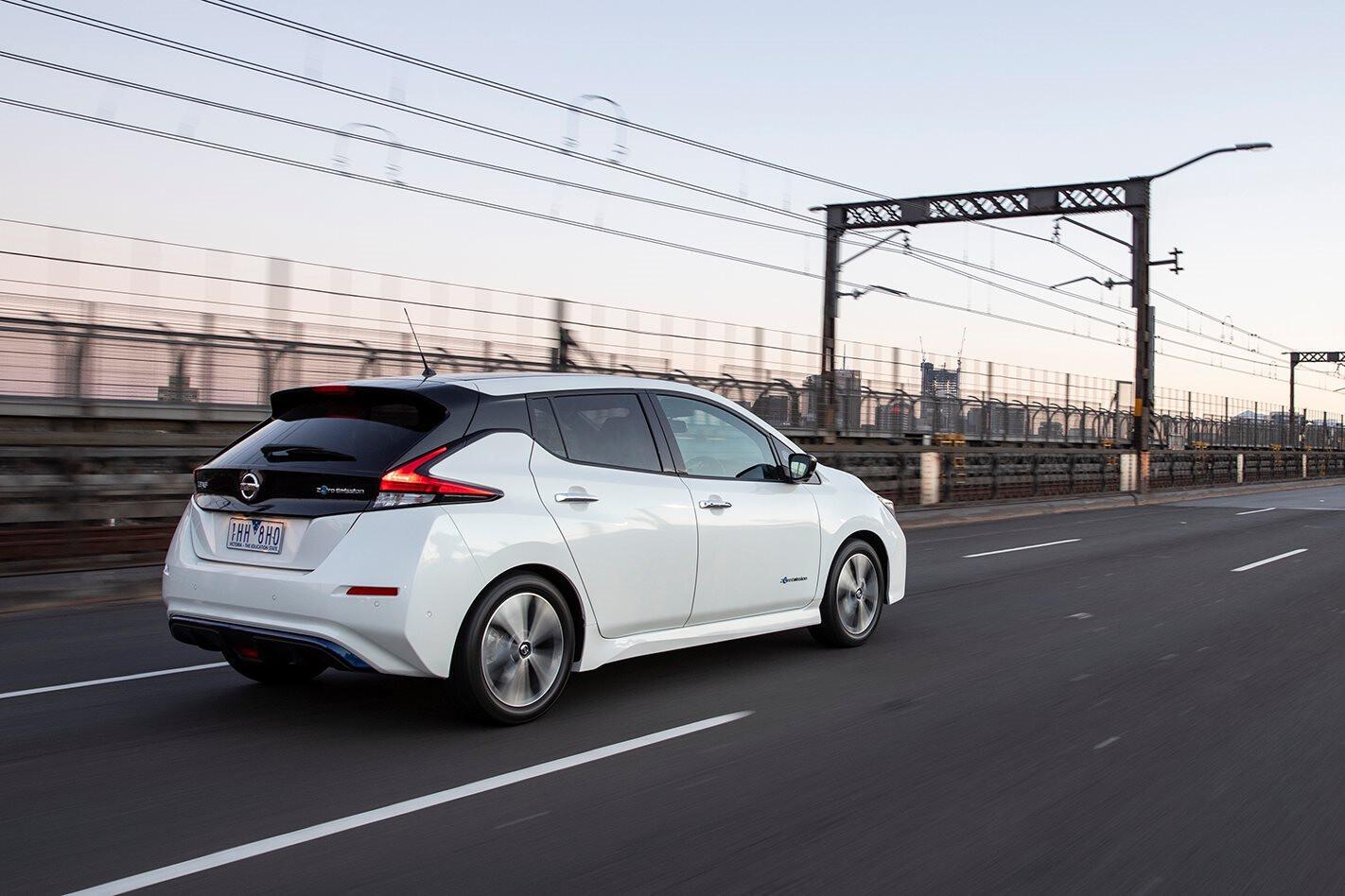 2019 Nissan Leaf Rear Side Action Jpg