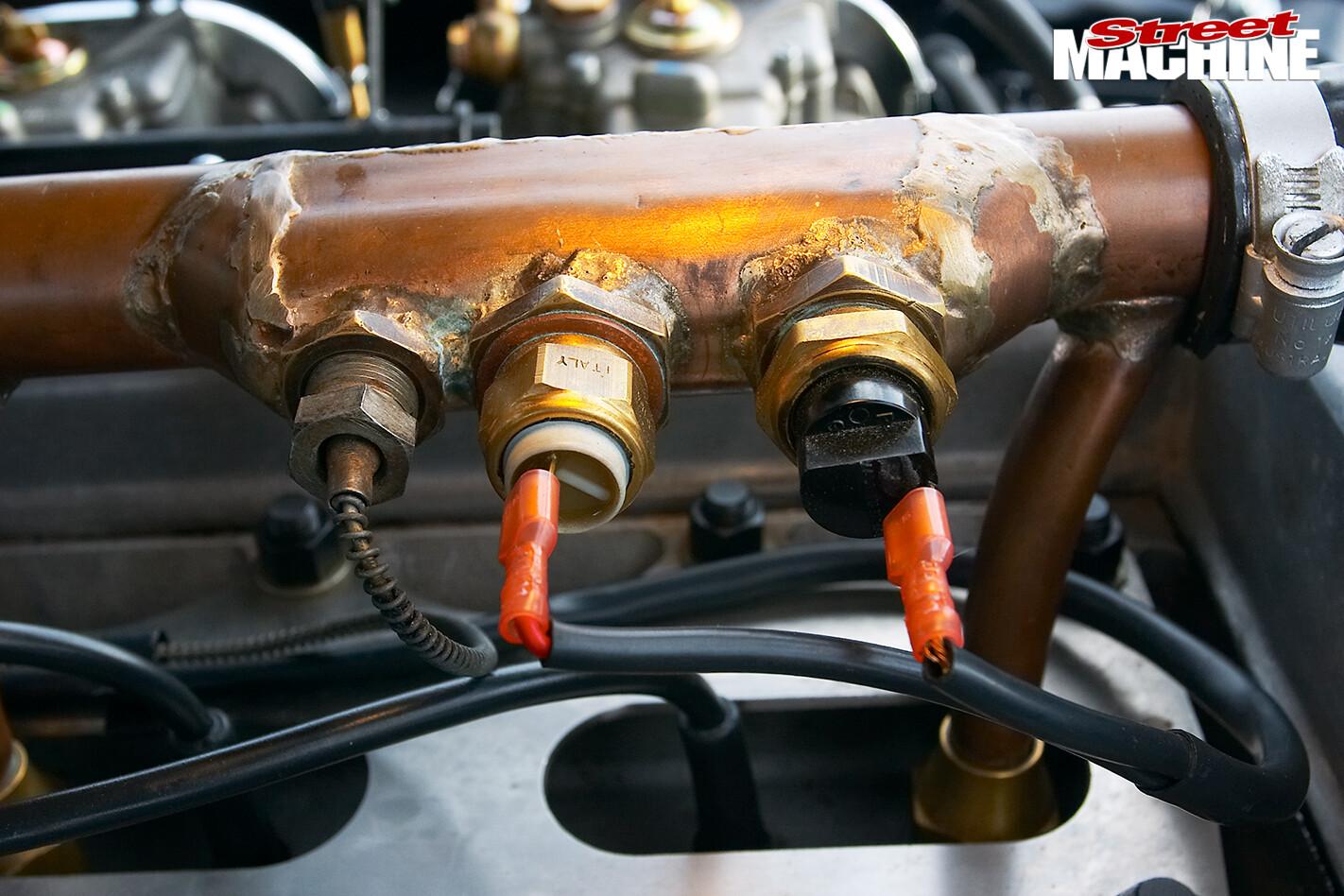 Holden -FX-48-215-engine -detail -3