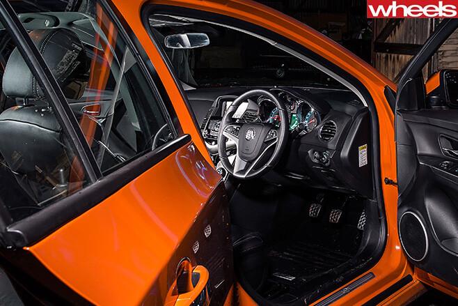 Holden -Cruze -SRi -Z-interior