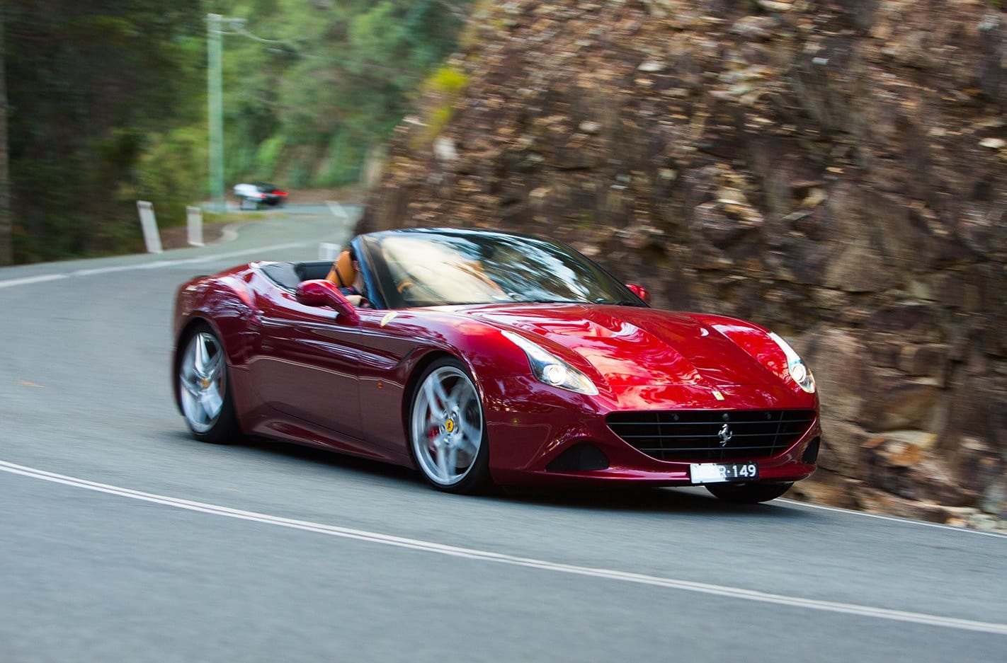 Aussies snapping up sports and premium cars in 2015