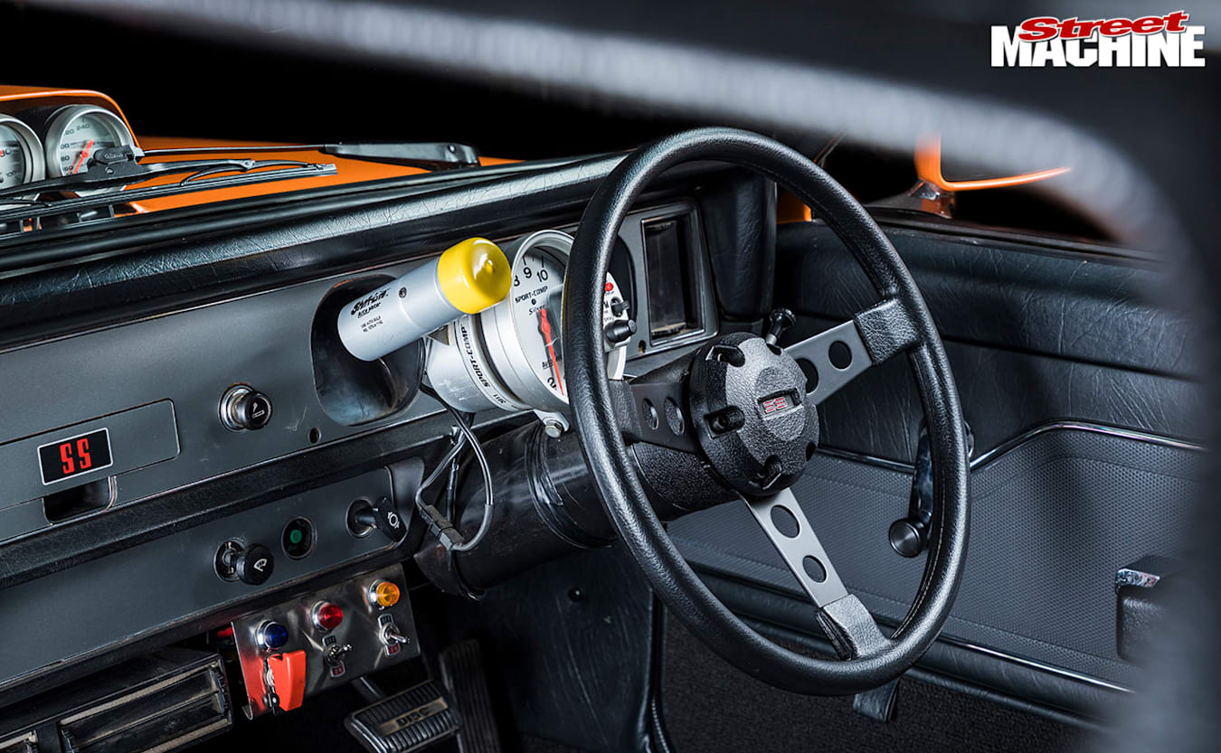 Holden LX Torana hatch dash