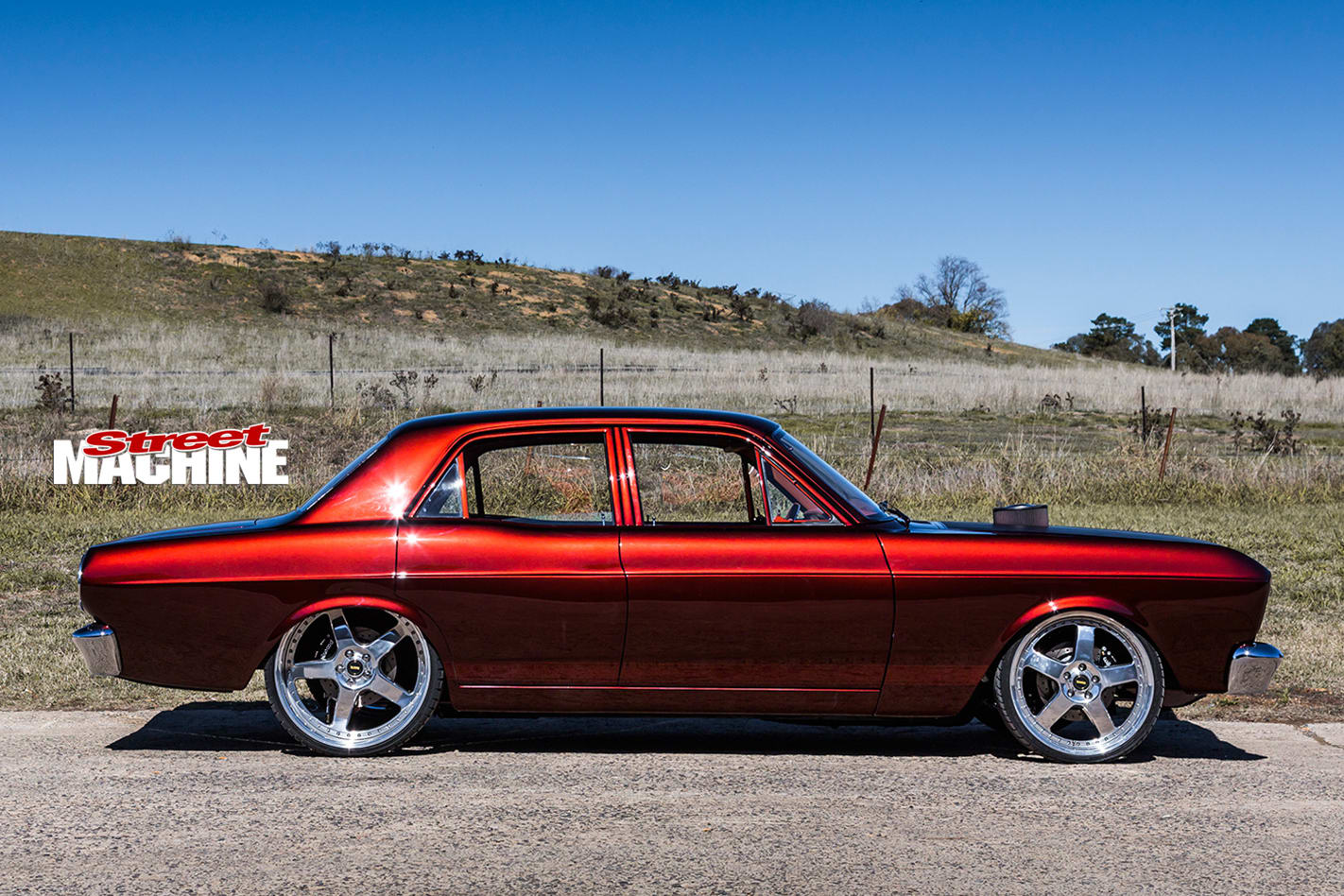Ford -Falcon -XR-side -view