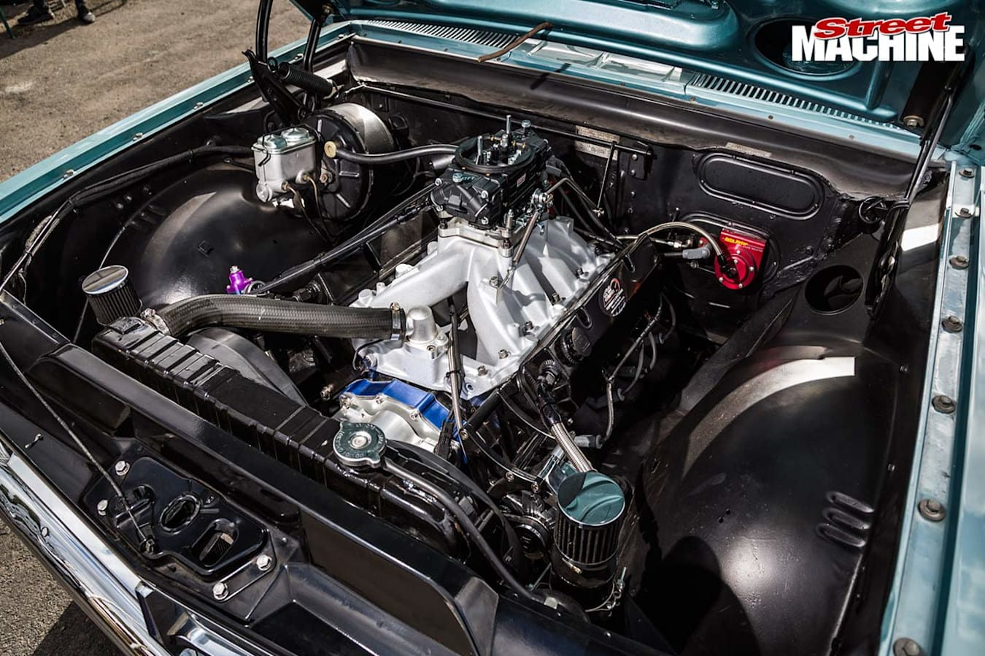 Holden HK Premier engine bay