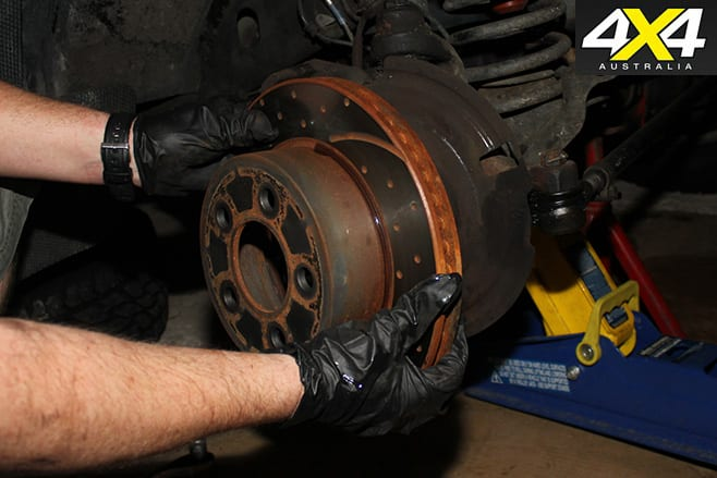 How to remove brake disc