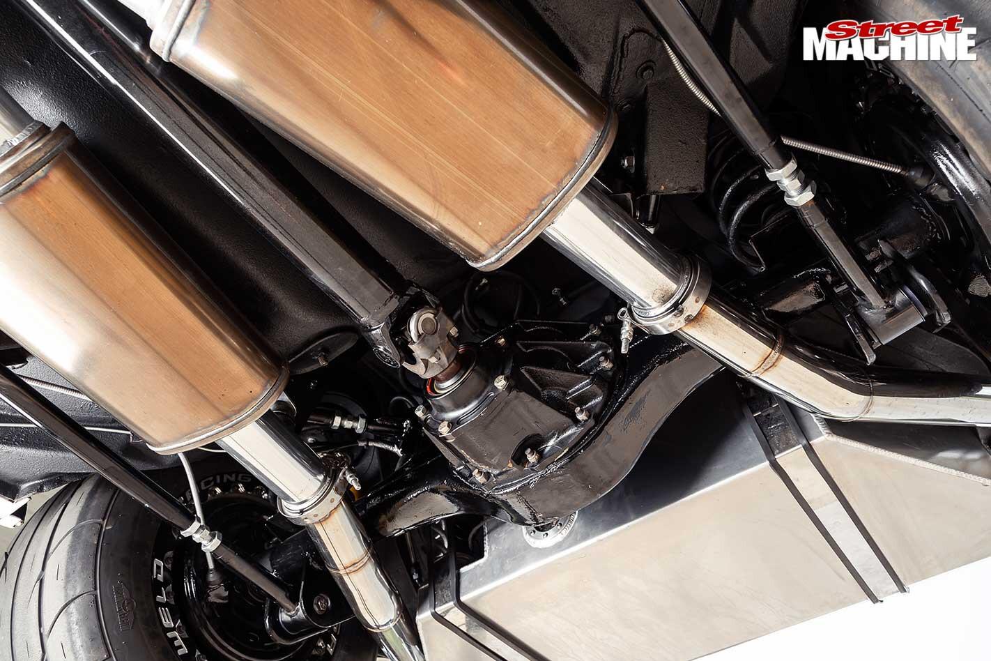 Holden Torana LX SS hatch exhaust