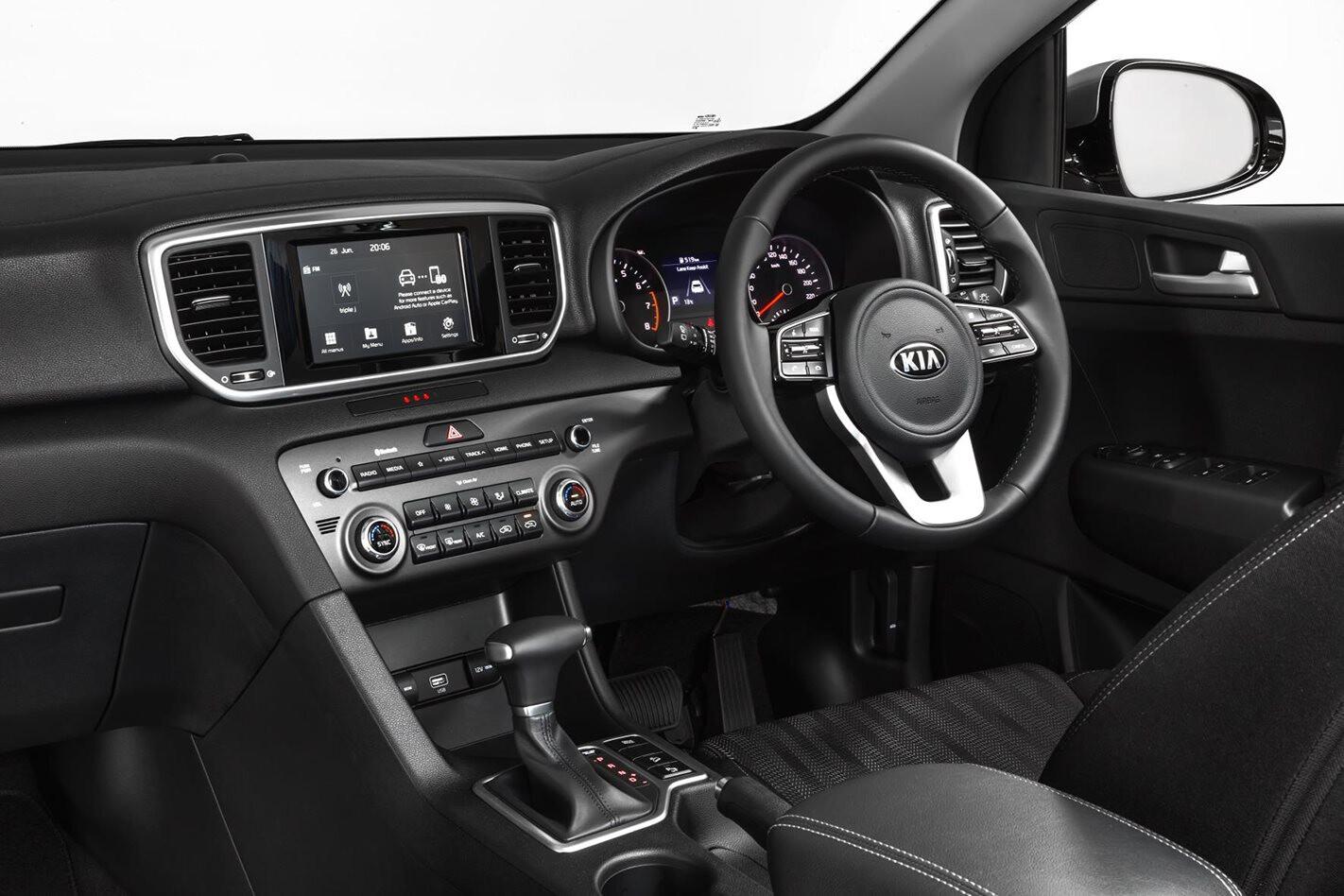 Kia Sportage S interior