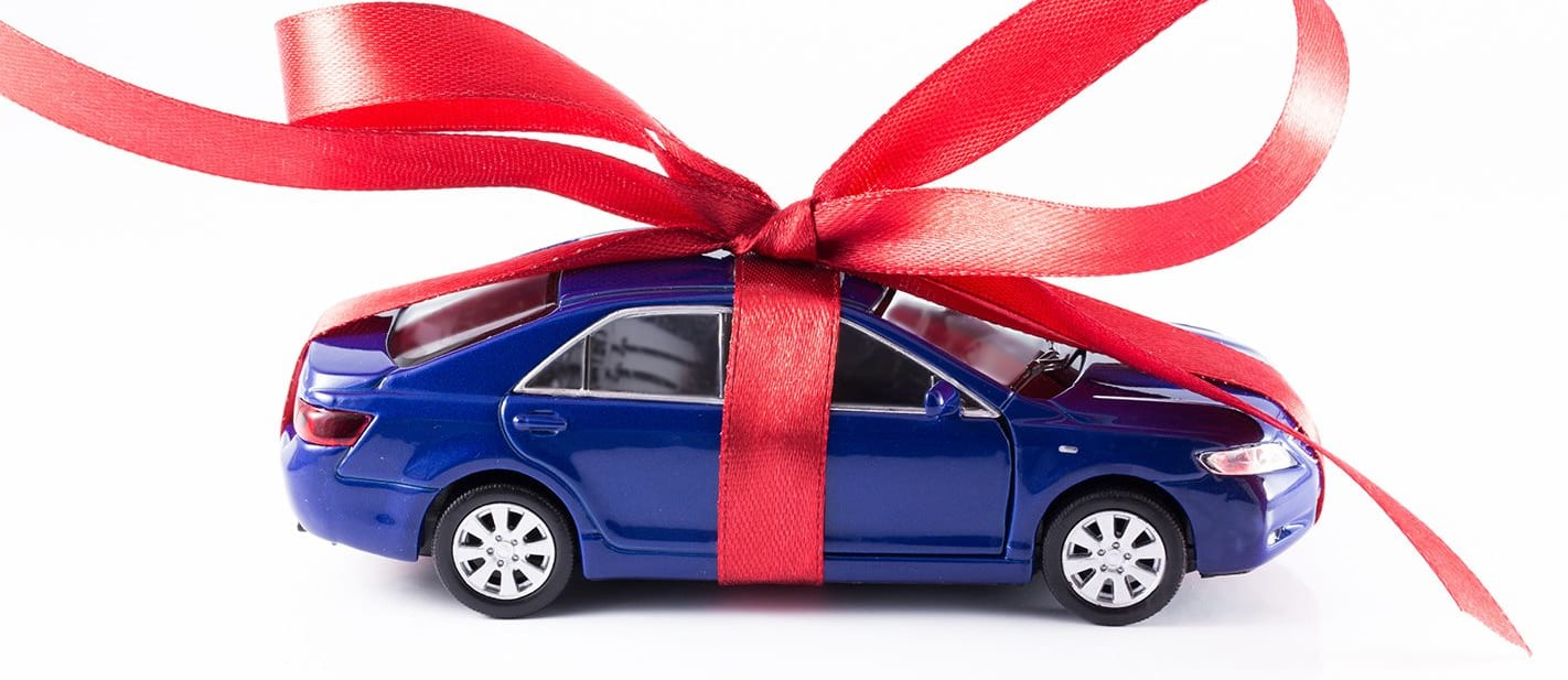 model car with bow