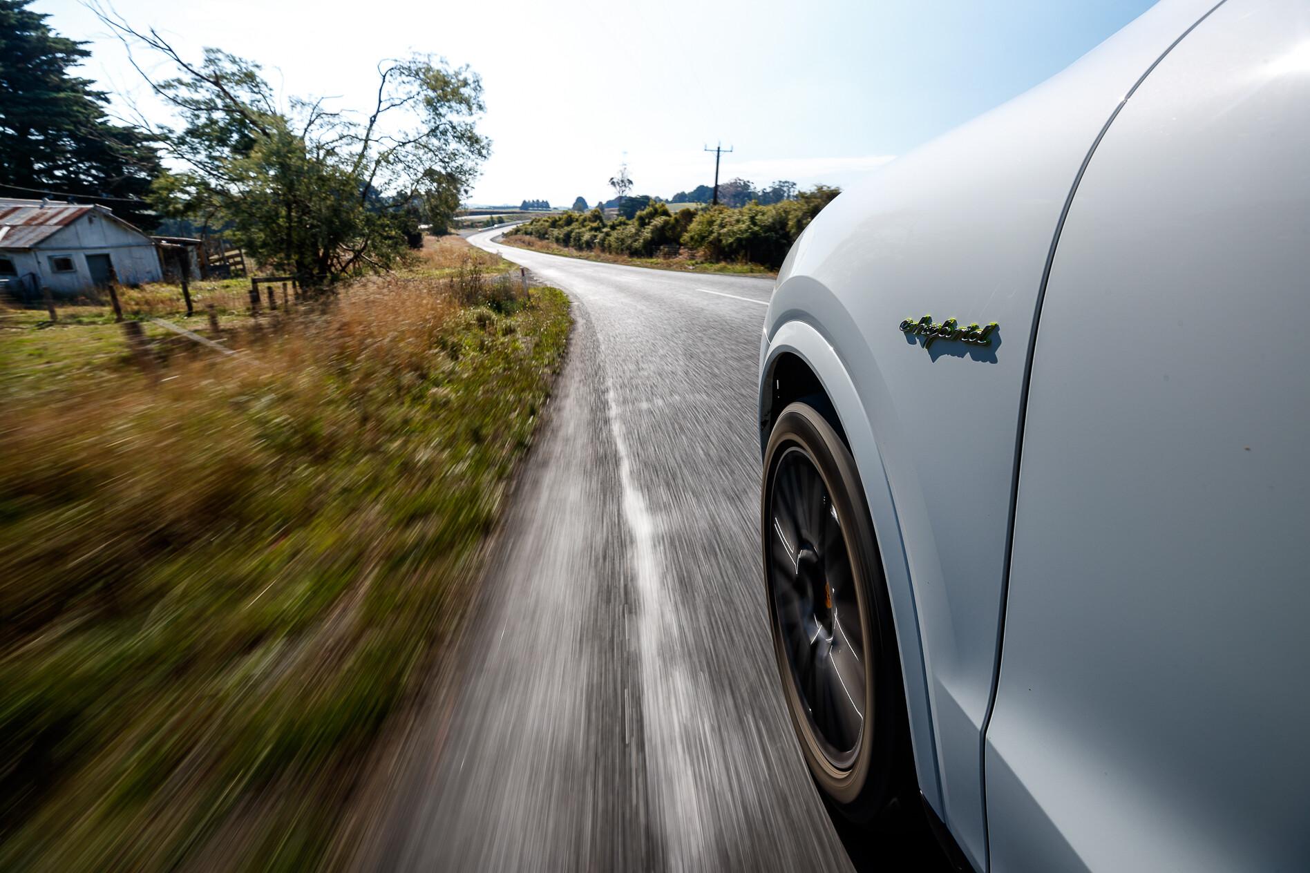 2019 Porsche Cayenne hybrid