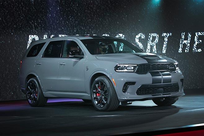 https://d3lp4xedbqa8a5.cloudfront.net/s3/digital-cougar-assets/whichcar/2020/07/03/-1/Dodge-Durango-SRT-Hellcat.jpg