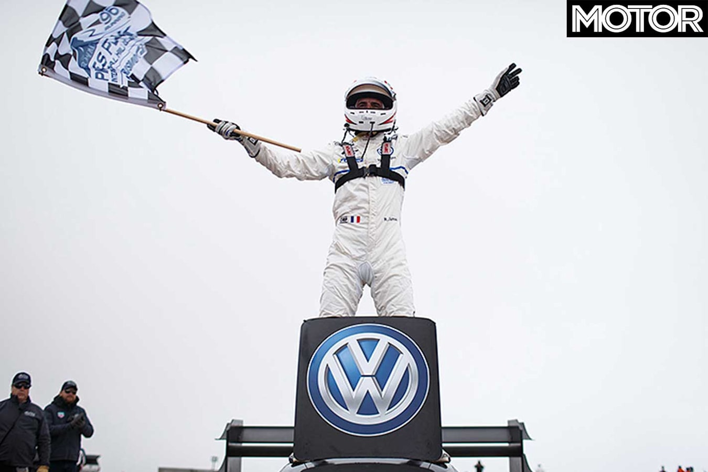 Volkswagen Id R Smashes Pikes Peak Dumas Jpg