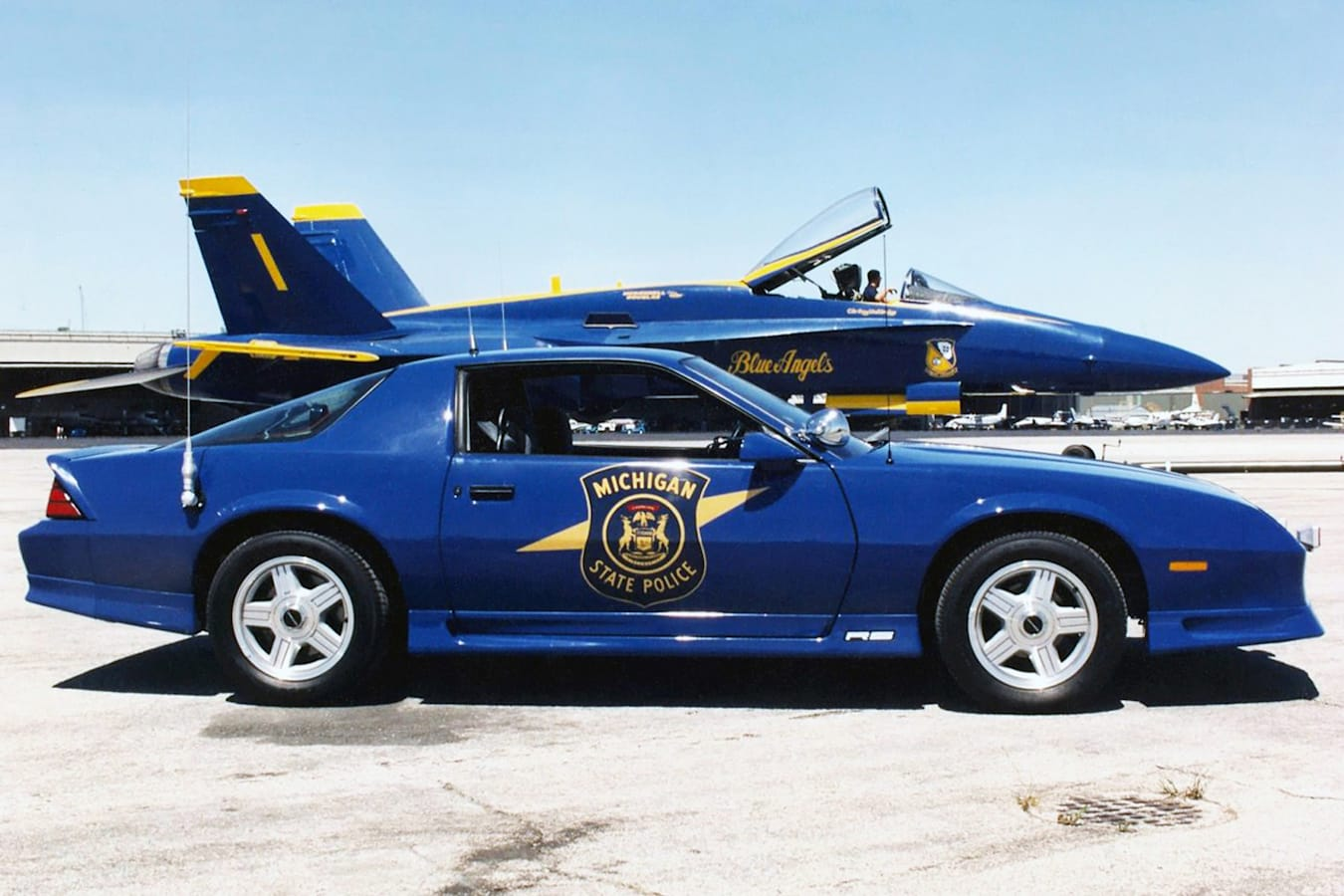 Chevrolet Camaro police Blue Angels