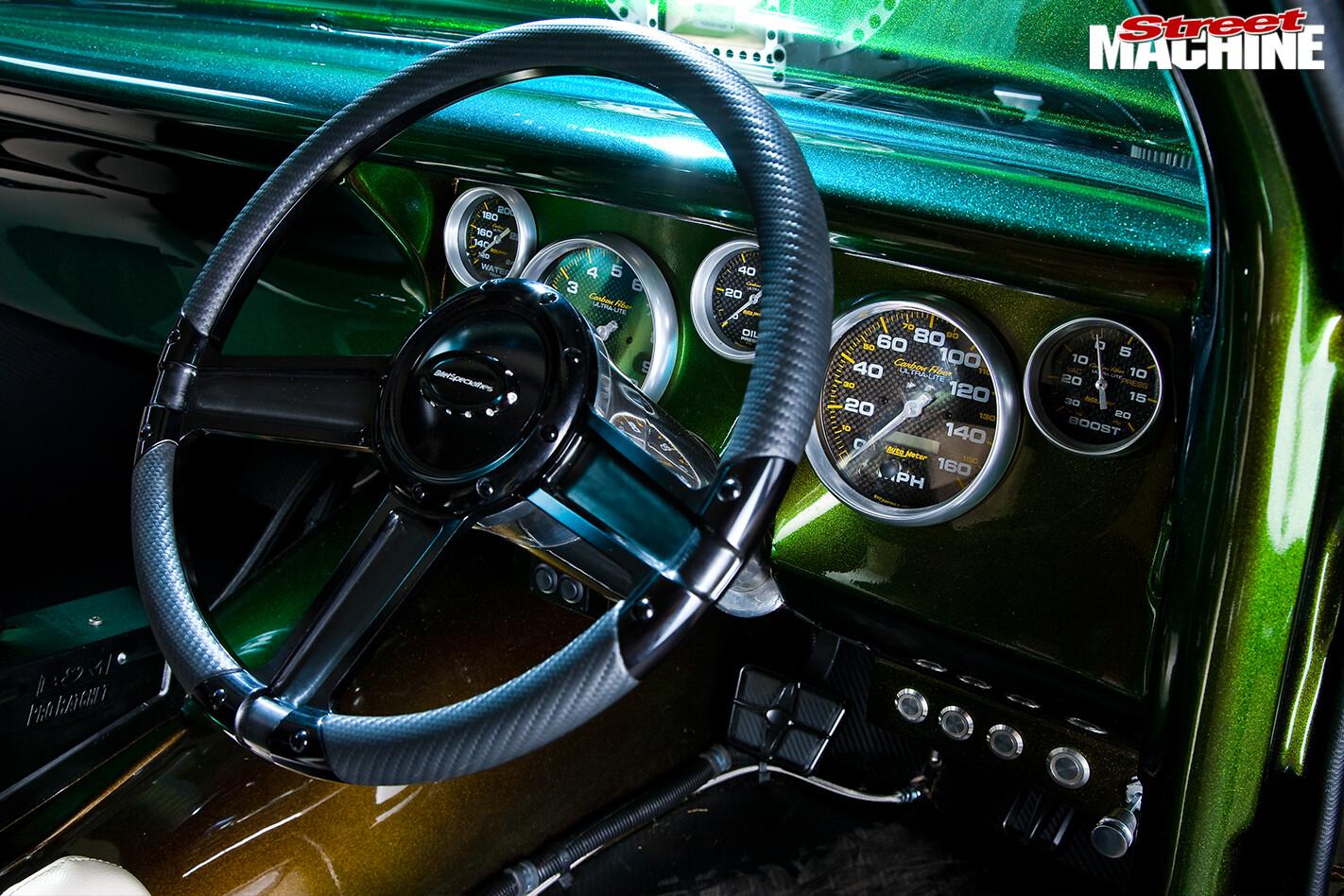 Ford -Falcon -XR-atrisk -dash