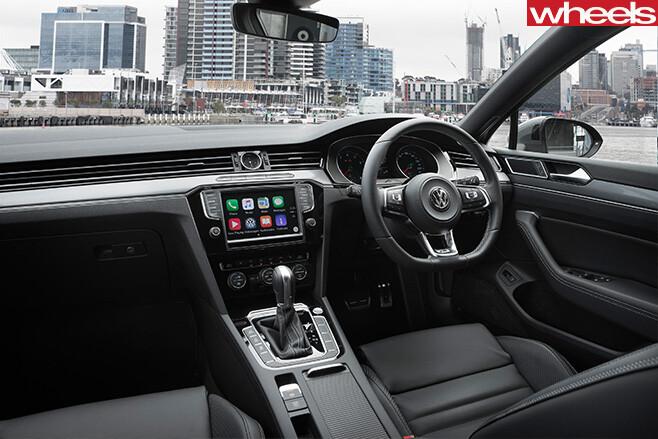 VW-Passat -interior -at -beach