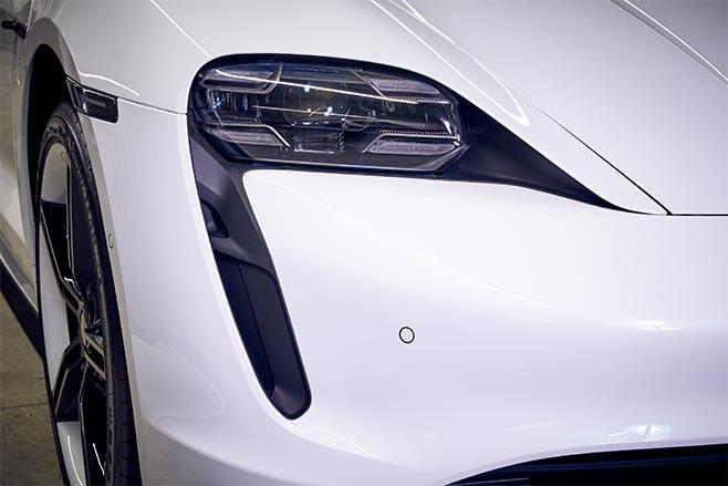 2021 Porsche Taycan headlight