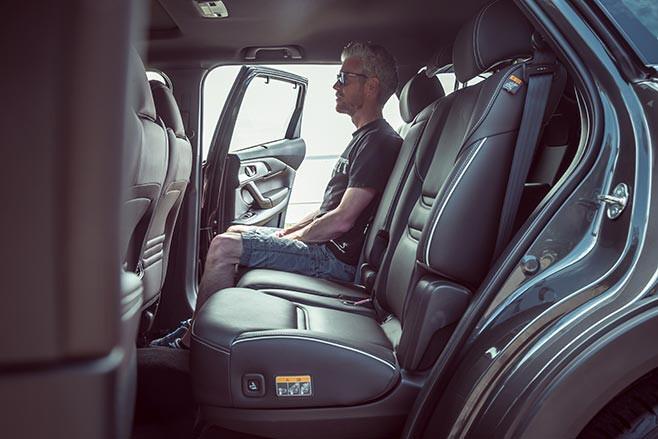 Mazda CX-9 second row seats