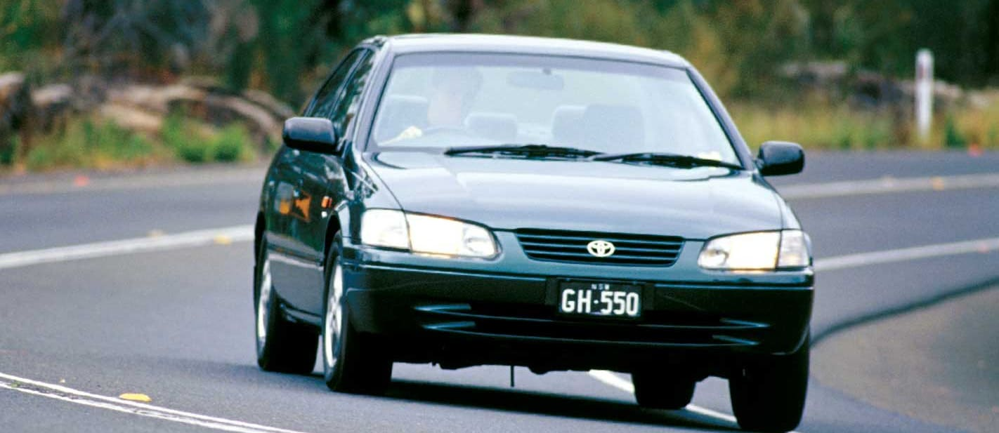 1999 Toyota Camry V6 used car review classic MOTOR