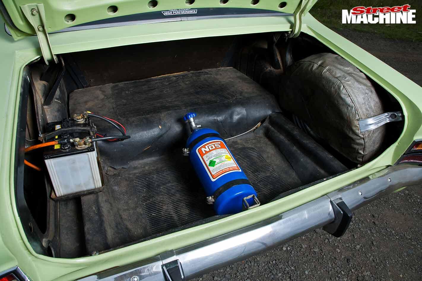 Holden HT KIngswood boot