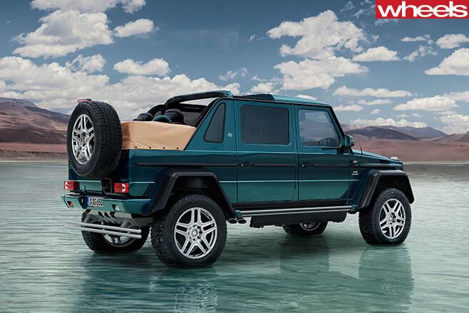 Mercedes -Maybach -G-650-Laundaulet -rear